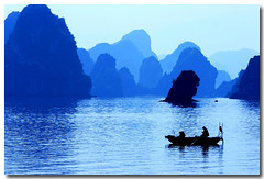 Vietnam (jmboyer) Tags: voyage travel mer tourism canon landscape photography photo yahoo asia southeastasia flickr picture images vietnam bleu ciel viajes lonely asie lonelyplanet monde paysages halong nam halongbay gettyimages tourisme n