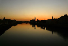Just caught the sunset over the Arno in Pisa (eucharisto deo) Tags: sunset reflection river pisa tuscany arno afterglow crepuscolo awesomeafterglow crepuscolosunsetssunrisesnights
