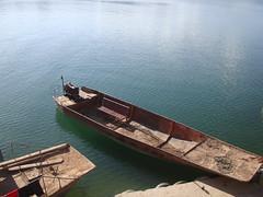 work boats (onetimesly) Tags: tibet amdo manmadelake easterntibet qinghaiprovince