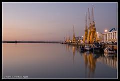 Puerto de Huelva (loreman) Tags: relax puerto atardecer huelva reflejo puestadesol puesta muelledeltinto photowalkxfhuelva