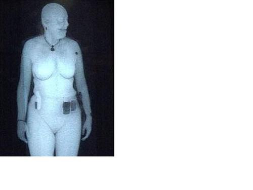 Imagine a unui corp scanat la aeroport