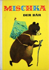 MISCHKA THE BEAR (allerleirau) Tags: bear robin yellow kids illustration vintage children book 60s fifties basket hiking retro gelb cover ddr 50s russian childrensbook wandern gdr sixties picturebook eastgermany midcentury kiepe pannier