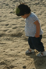 (SH.3 - June <3 !) Tags: november blue baby brown white black walking sand nikon with desert sunday d70s taken lonely 23 say fatima fatimah mashallah fatom fa6om fa6omah fatomah