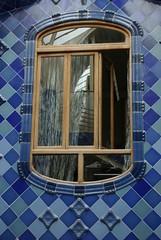 IMGP0259 [1024x768] (Jaume Llopart) Tags: barcelona gaud monuments casabatll