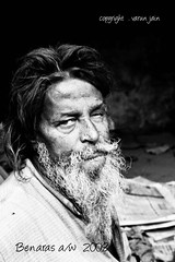 daku mangalsingh (badman_in3) Tags: portrait india beard blackwhite varanasi benaras oneeyedman