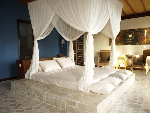 Amatoa Resort - Bungalow Marble Bed