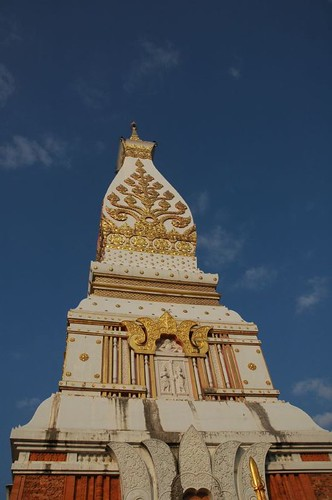 Central prang of Wat That Phanom
