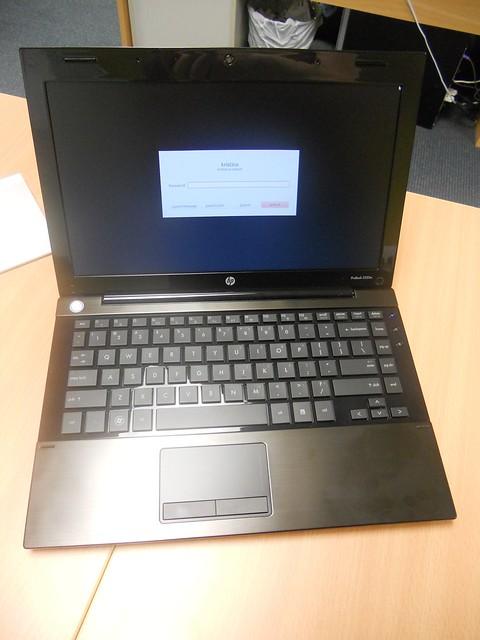 日本HPの法人向けノートパソコン「ProBook」