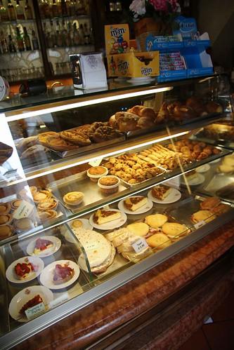 Vivoli pastries