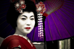 Faces of Japan XVI (manganite) Tags: girls red portrait people white streets topf25 colors beautiful beauty face fashion japan digital umbrella geotagged asian japanese topf50 nikon women kyoto colorful asia pretty purple tl candid traditional makeup maiko parasol geisha  nippon kimono d200 nikkor dslr gals kansai effect nihon orton japanesegirl treatment streetshot 18200mmf3556 utatafeature manganite nikonstunninggallery challengeyou challengeyouwinner fiveflickrfavs date:year=2006 geo:lat=34994874 geo:lon=135777508 sixpixx date:month=august date:day=20 format:ratio=32