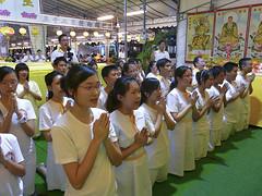 MohHongVesak08SM_p1010144.jpg (Moh Hong Buddhist Shrine) Tags: singapore buddha religion buddhism religiouscelebration vesak bishan wesak religiousceremony mhbs mohhongbuddhistshrine