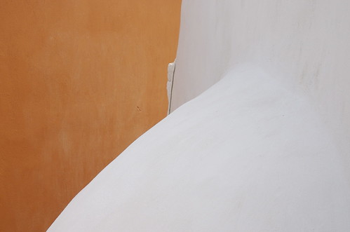 Photograph of a detail of a house in Oia, Santorini, June 2008.