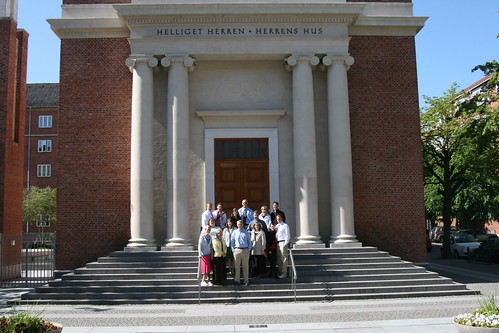 Group shot in front of Copenhagen Temple