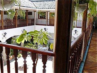 Ecuador-hotel-interior