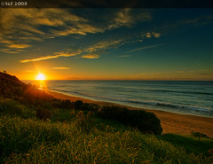 Coalcliff Beach, NSW, Sunkist (sachman75) Tags: seascape beach sunrise australia nsw 1022mm wollongong firstlight illawarra i500 interestingness339 coalcliff 40d auselite bestofaustralia