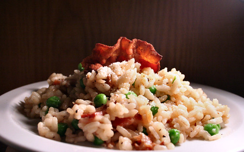 Risotto with smoked bacon and peas