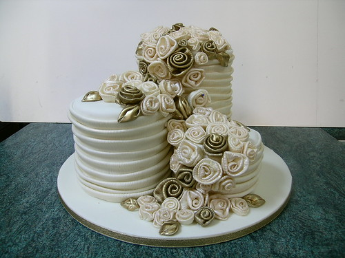 Wedding cake and fabric roses