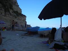 Tramonto sulla spiaggia (Luca Marchi) Tags: tramonto mare tropea