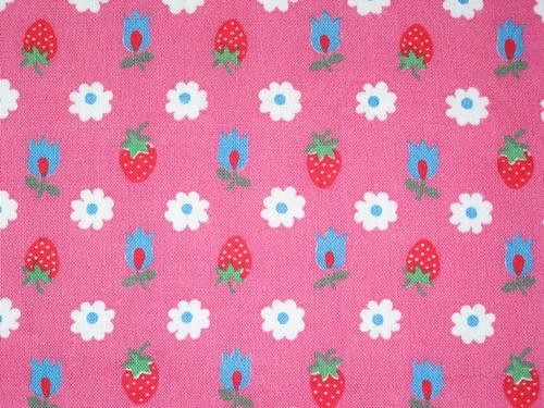 Vintage Fabric ~ Strawberries and Daisies