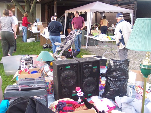 barrie greens yard sale004