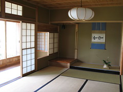 Japanese house traditional style interior design / ()() (TANAKA Juuyoh ()) Tags: old house architecture japanese design high ancient interior room traditional style hires tatami resolution  hi sliding residence res partition   kakejiku   g7 tokonoma