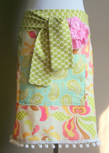 Sweet Basil Hostess Apron