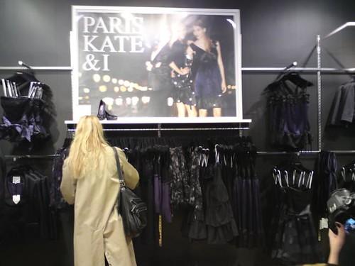 Paris Kate and I på MQ