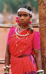 Jagdalpur: una ragazza gondh (kristin blancke) Tags: etnie chhattisgarh mariadalcornodibufalo