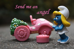 Send me an angel (alles-schlumpf) Tags: auto macro car angel photo foto pics picture pic engel smurf makro aa rac schlumpf adac smurfette thefunhouse schlmpfe schlumpfine autopanne sendmeanangel gelbeengel carbrokedown abigfave platinumheartaward awardtree germanautomotivesociety automotivesociety automobileassociationeurope germanautomobileclub