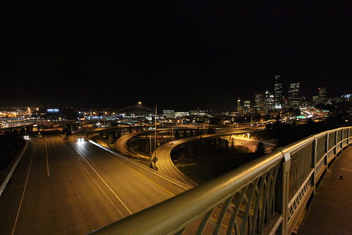 5D Mk II test shots - Jose Rizal Bridge @ ISO H1 (ISO12800) (by ttstam)