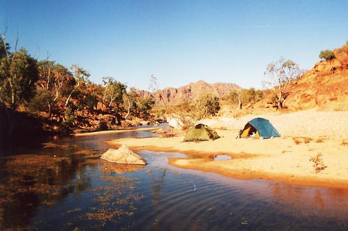 Austrálie: Přes Nimbin a ostrov Fraser na Uluru aneb Australský kýč za kýčem, 1. díl