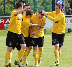 ch25 (gurnnurn.com pictures) Tags: cup fosters highland league nairn fraserburgh 2011
