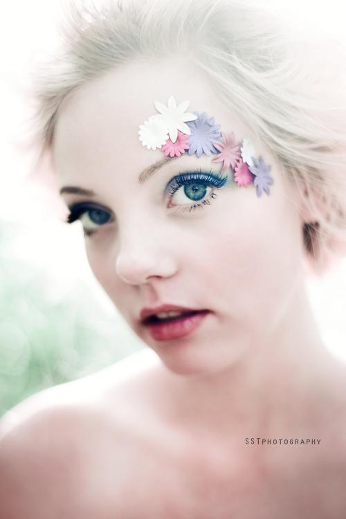 Flowergirl VI