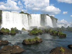IMG_0001 (Raquel Camargo) Tags: parque water paran gua brasil natureza waterfalls viagem cataratas parana turismo iguazu iguau paraguai fronteira fozdoiguau iguassufalls fozdoiguacu cataratasdeliguaz gargantadodiabo