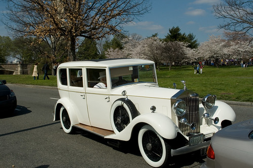 Old Fashioned Wedding Limo