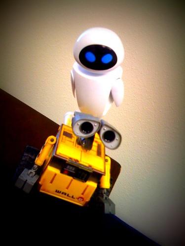 Juguetes de Wall-E y Eva