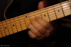 Magic of Music... (Tati@) Tags: mani musica chitarra magia suono expressyourself