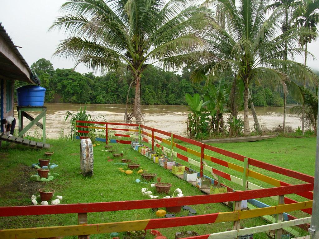 Sarawak-Belaga-LHouses (56)