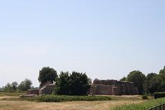 Wenecja castle (Marutina) Tags: castle canon ruins poland canonefs1855 wenecja canon400d