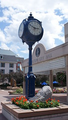 Burlington City Hall (Mdrewe) Tags: sun lake ontario clock burlington garden downtown waterfront cityhall sony harbourfront lakeontario a300 burlingtonontario burlingtonon burlingtoncityhall cans2s