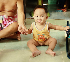 receding hairline baby by the foreign photographer - ฝรั่งถ่ -