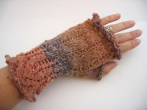 Bronte's Mitts #1 (unblocked, back of hand)