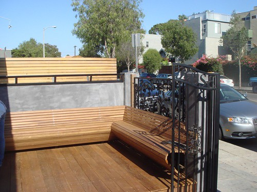 Venice Beach Wines Outdoor Seating Area