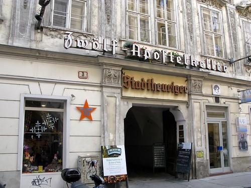 Zwölf Apostelkeller: Die kultige Kneipe Heurigenlokal östereichische Wiener Küche in Wien