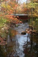2008_10_13_brookline-nh_21 (dsearls) Tags: footbridge coveredbridge brookline bikeway brooklinenh potanipo nissitissit anthropocene nissitissitriver granitetownrailtrail 20081013 potanipopond