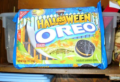 2008-10-29 - Halloween Oreos