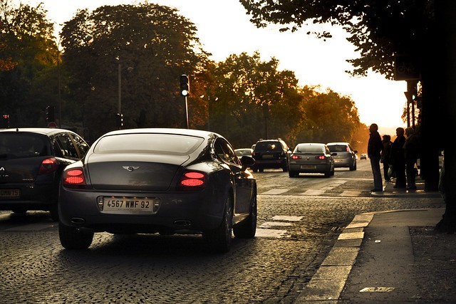bentley continental gt sunset paris foch avenue voiture car france rare light exotic luxe luxury amaury laparra supercar cars road carsighting auto automobile aston martin aml v8 vantage photo art canon 40d tamron porsches lamborghini ferrari v12 automotive exotics supercars street rue wheels speed
