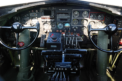 B17 Flying Fortress   Nine O  B17 Bomber Interior