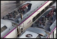 Avant (Eduardo Granizo) Tags: railroad station tren spain rail ave avant atocha ferrocarril renfe caminosdehierro altavelocidad adif