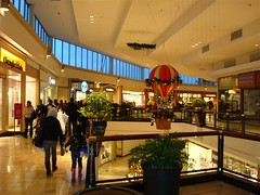 The Court at King of Prussia (Joe Architect) Tags: travel philadelphia retail mall pennsylvania interior favorites pa macys philly 2008 modernist strawbridges yourfavorites kingofprussia kingofprussiamall strawbridgeandclothier